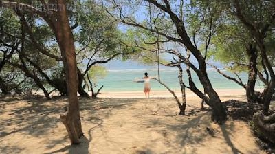 Beautyful Beach in Indonesia