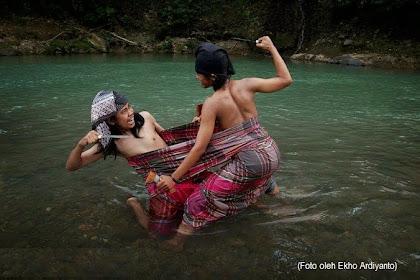Ritual Adat Bugis Makassar Sigajang Laleng Lipa