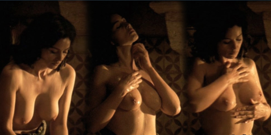 monica-bellucci-sex-scene-in-malena-sex-in-public-places-caught-on-tape