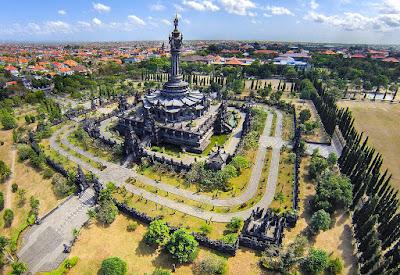 10 Villa Mewah di Denpasar Bali
