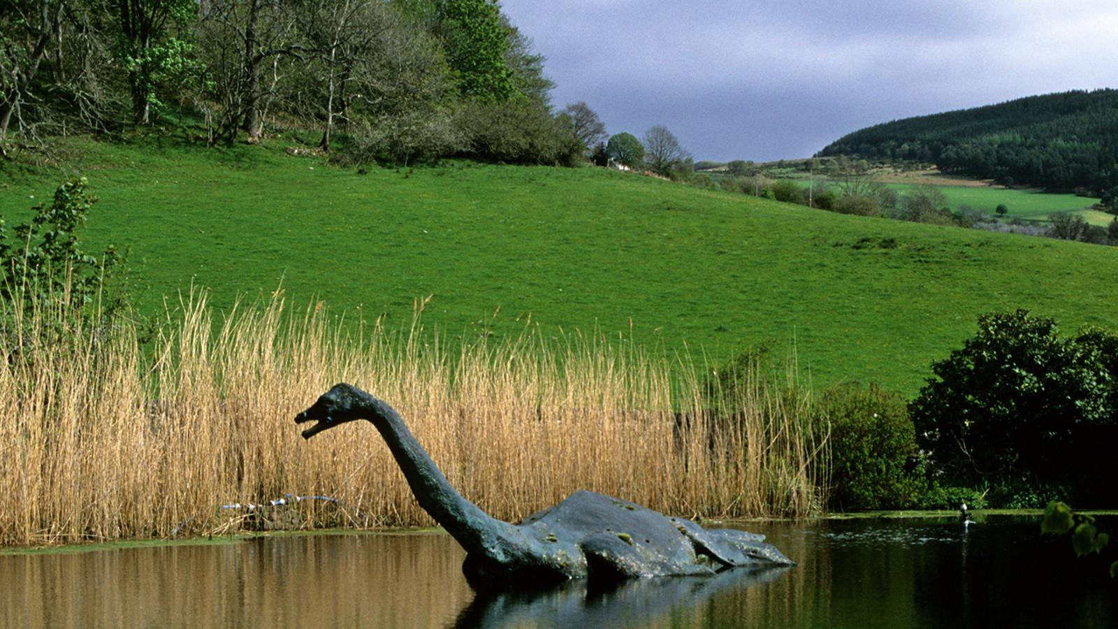 Mercedes Of San Antonio >> 1933 En el lago Ness (Escocia), por primera vez una persona afirma haber tomado fotos del ...