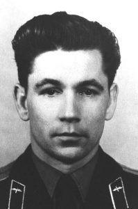 Grigori Nelyubov. Primo piano del cosmonauta.
