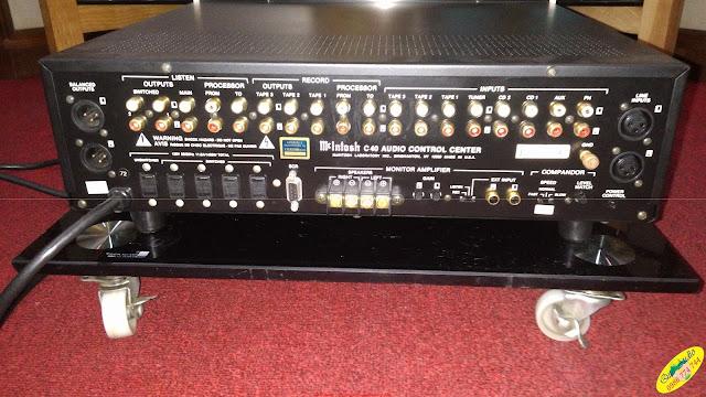 Pre-amplifier : C40 McIntosh