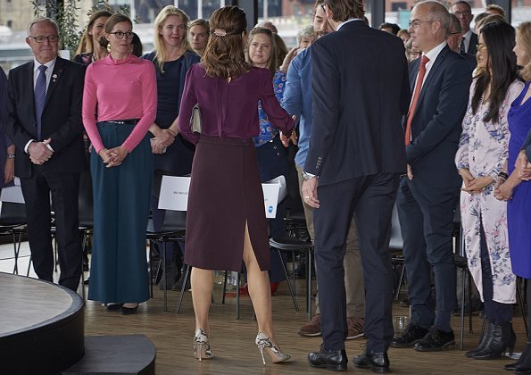 Crown Princess Mary attended a reception held by TUBA at Royal Danish Playhouse. Vivancia Private. Gianvito Rossi Pumps, Hugo Boss Clutch