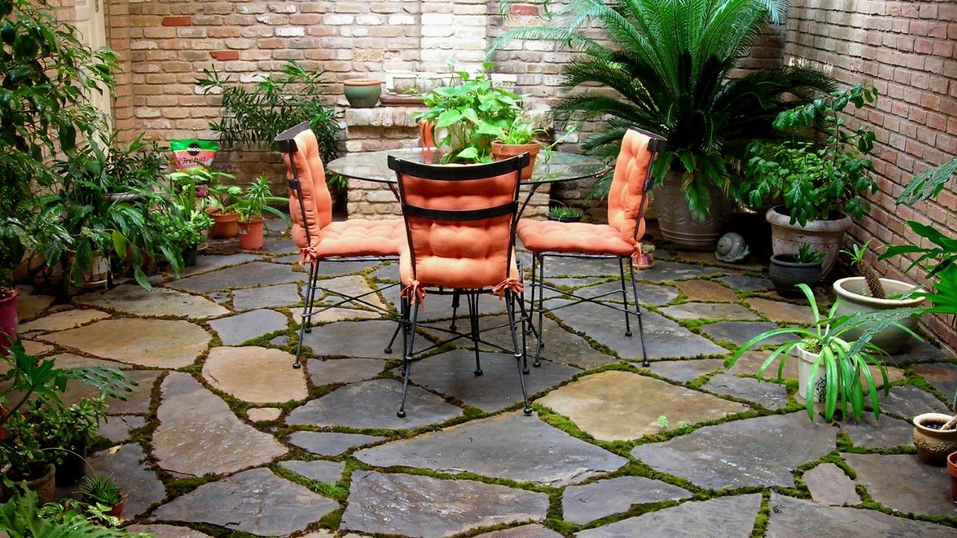 simple small patio design concept
