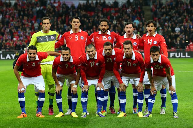 Formación de Chile ante Inglaterra, amistoso disputado el 15 de noviembre de 2013