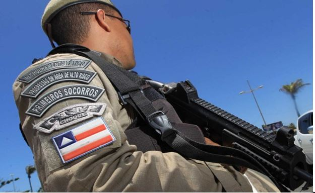 Rui Costa envia 100 policiais militares para o Ceará