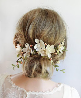 wedding ideas - wedding planning services - bridal headpieces - ivory floral headpiece - esty - Wedding blog by K'Mich - day of wedding planners in Philadelphia