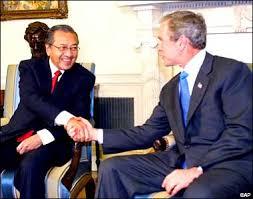 Peguam Dedah Tindakkan Mahathir Kerja Sia Sia?!