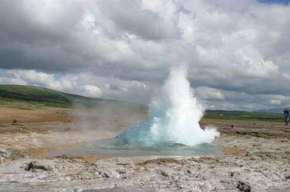 geyser-الفوارة-الحارة