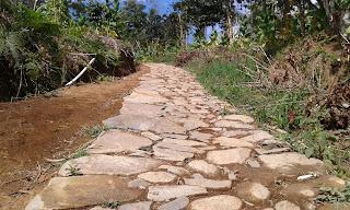 Jalan Batu Tertata Sigandul Via Cemoro