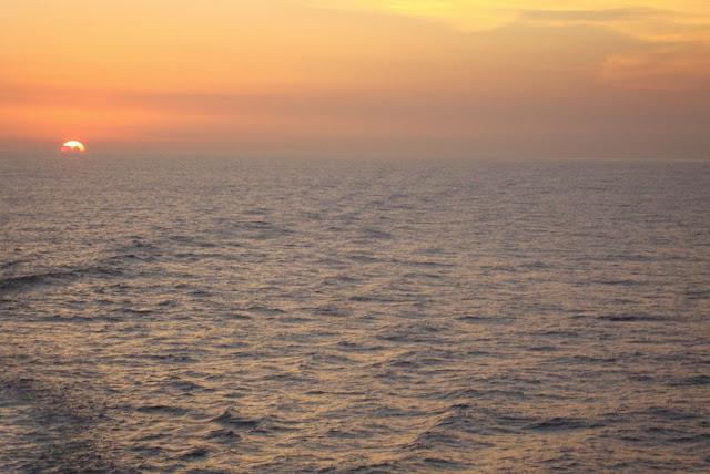 Pôr do sol em Búzios visto desde o navio MSC Preziosa