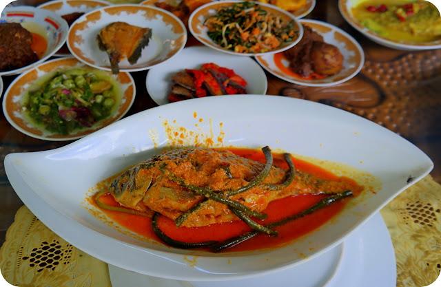 Pangek+Ikan+Hamil