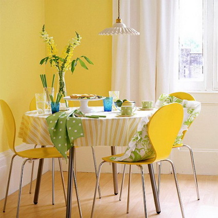 10 dining rooms paints with lots of color 6