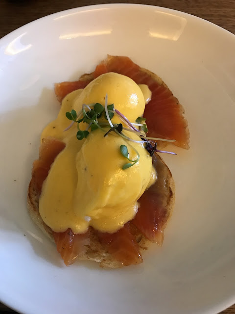 Cru, Kew, eggs royale