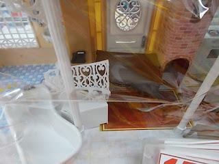 中古品の、りかちゃんハウスは1590円です。写真3