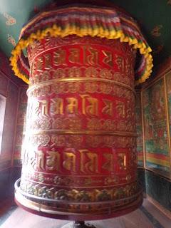 rueda oracion nepal
