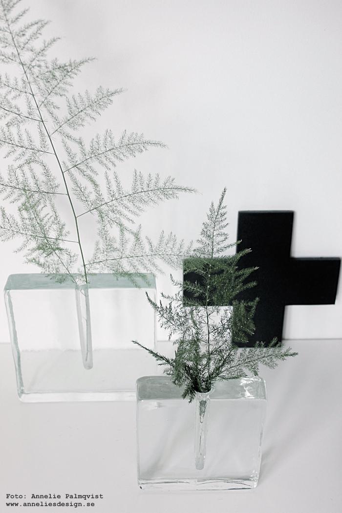 kors, vas, annelies design, webbutik, webbutiker, webshop, inredning, svart och vitt, svartvit, svartvita,