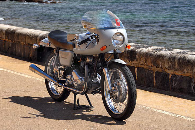 Norton motorcycles commando pictures
