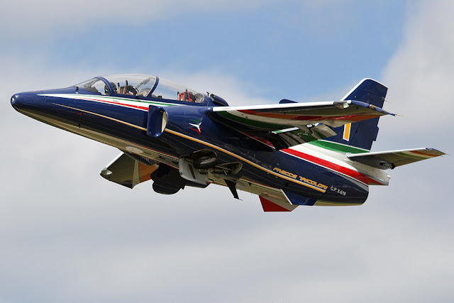 Leonardo M-345 first flight