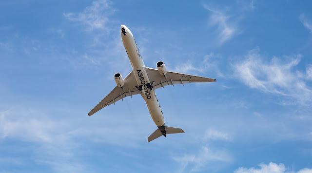 Can an aircraft overspeed?