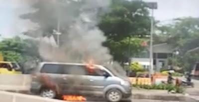 Dikenal Bejat Semasa Hidup, Saat Meninggal Jenazah Terbakar Dalam Ambulan.