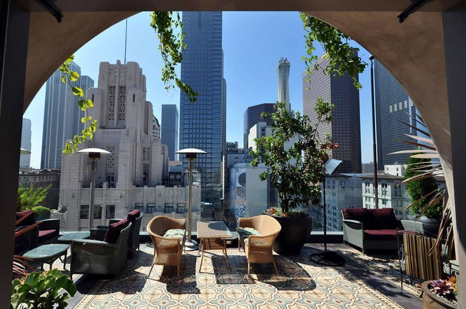 The World's 30 Best Rooftop Bars… Everyone Should Drink At #9 At Least Once. - The Perch gives a perfect view of downtown Los Angeles, California.