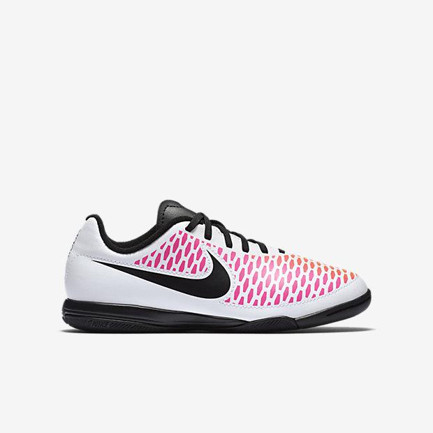 zapatos de mujer para jugar futbol