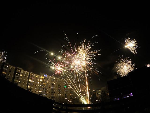 Fireworks on silvester 2016 Fužine Ljubljana 2 shot
