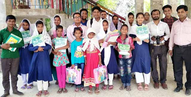 Hishmuk-Foundation-with-33-students