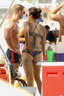Nina-Dobrev-in-Bikini-3+sexycelebs.in.jpg