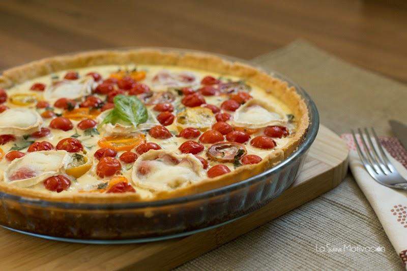 Tarta de tomatitos cherry y cebolla caramelizada
