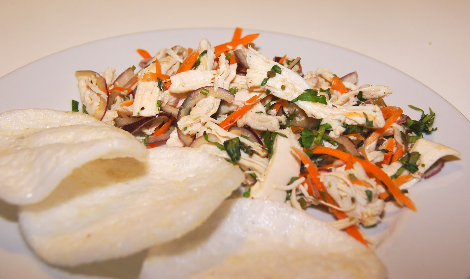 kyllingsalat med spidskål