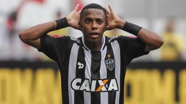 Robinho continua no Atlético-MG em 2017 Foto: Thomas Santos/ Estadão