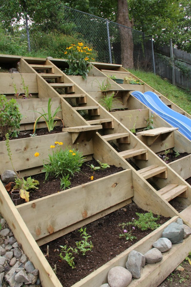 12 Amazing Raised Garden Beds Remodelando la Casa – Tiered Raised Garden Bed Plans