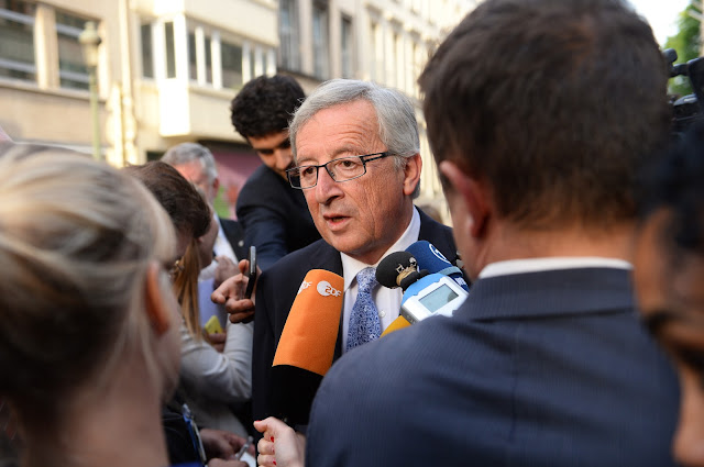 generation-identitaire-demande-junker-stop-immigration-europe