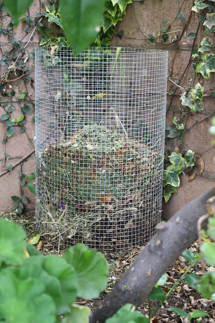 hardware cloth, DIY composter