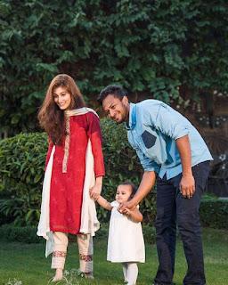 Shakib Al Hasan With His Wife Umme Ahmed Shishir And Daughter Alayna Hasan Aubrey