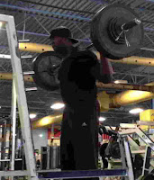 back squat - Bentuk Latihan Gerakan Squat