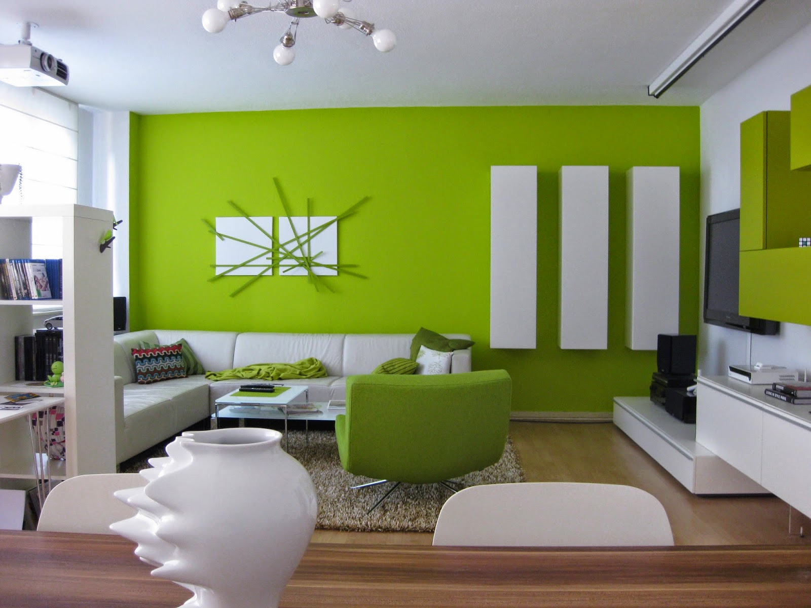 Fotos de sala en color verde salas con estilo for Colores para living
