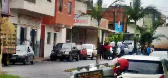 Assaltantes fortemente armados roubam a Agência do Bradesco de Palmital