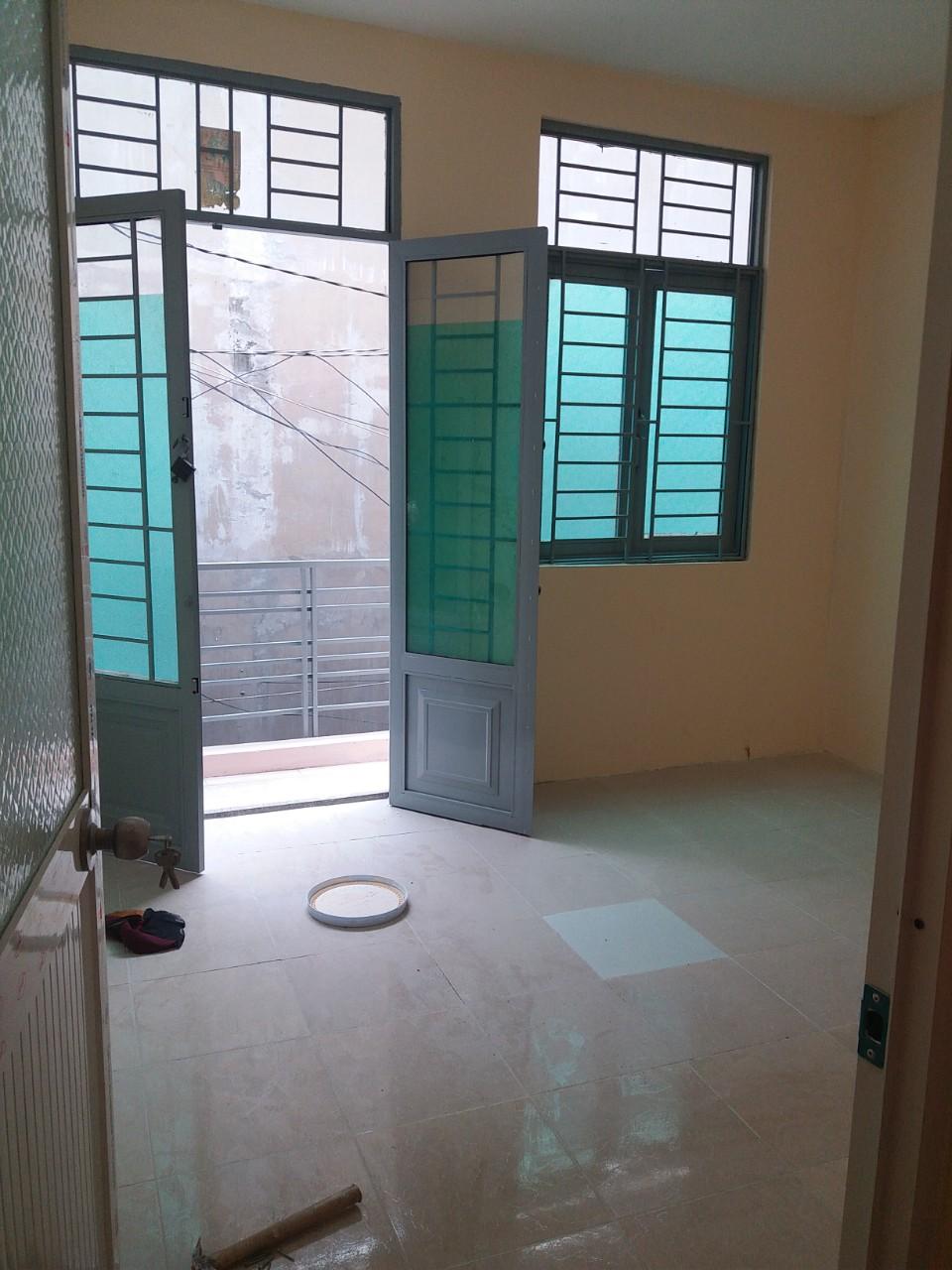 Bán nhà hẻm một sẹc Lý Thánh Tông Quận Tân Phú, diện tích 4mx10m, 1 trệt 1 lầu, giá bán 3,5 tỷ. 3