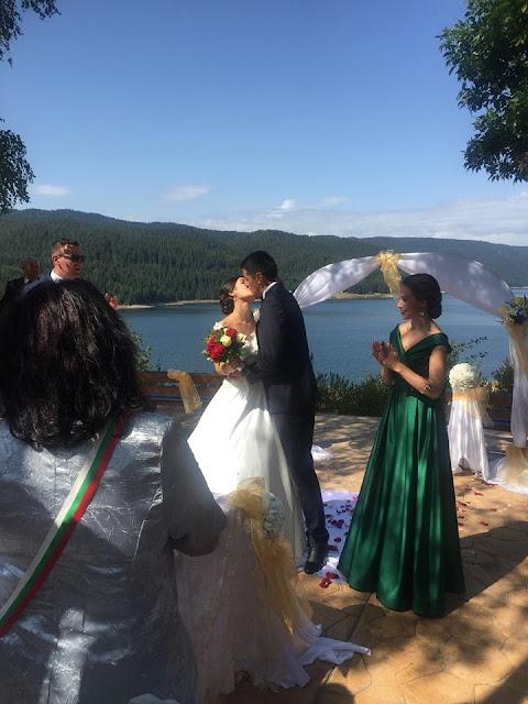 """Ново в Доспат: Сключване на граждански брак на фона на язовир """"Доспат"""""""