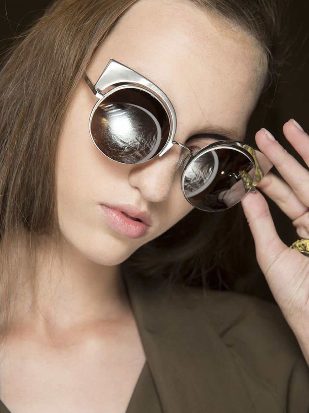 TREND REPORT: Power Glasses - Sunglasses SS16 round glasses by Fendi by fashion blogger  Annie K. - Annies Beauty House
