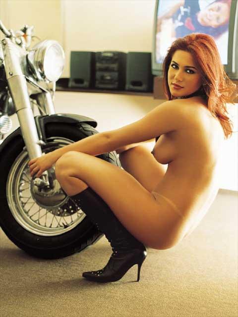 Livia Andrade pelada nua na playboy 16