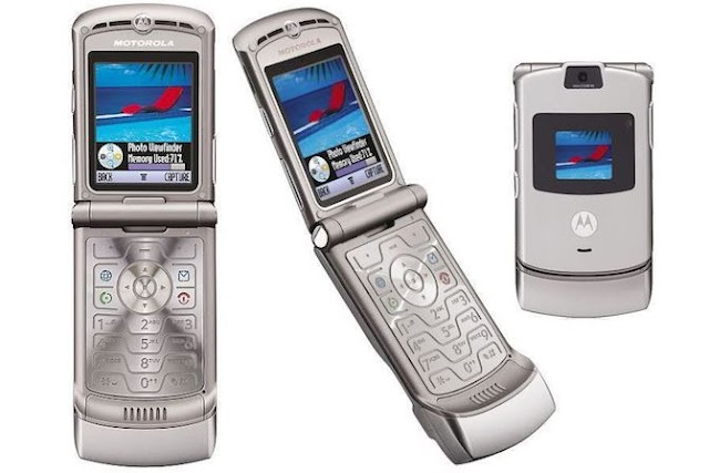 Motorola RAZR Foldable Smartphone Comeback for $1500 on Next Month