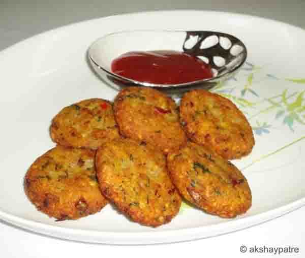 Moong dal aloo nuggets in a serving plate