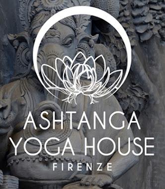 Pratica Yoga online, clic sull'immagine e visita il sito