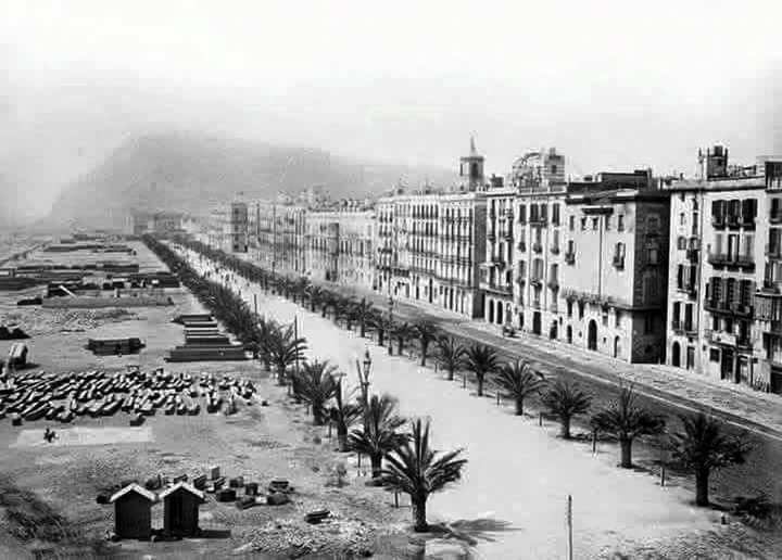 Old picture of Moll de la Fusta, Barcelona