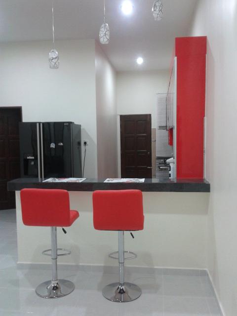 Kabinet Dapur Merah